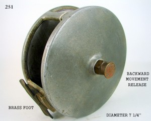 BARRIER_FISHING_REEL_005
