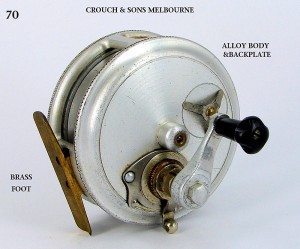 CROUCH_FISHING_REEL_024