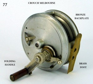 CROUCH_FISHING_REEL_038