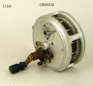 CROUCH_FISHING_REEL_048