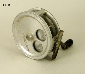 CROUCH_FISHING_REEL_048a