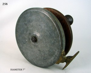 GAME_FISHING_REEL_012a