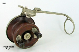 SIDECAST_FISHING_REEL_013