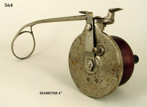 SIDECAST_FISHING_REEL_013a