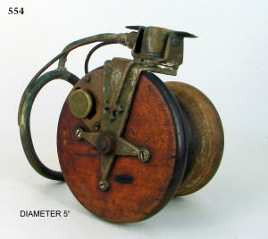 SIDECAST_FISHING_REEL_017